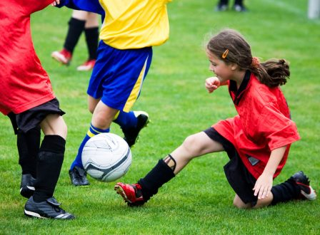 Gewinnt Gutscheine für die Fussball/Sportcamps der Rhein-Main-Fussballschule!