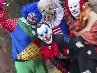 Clowns auf Burg Frankenstein