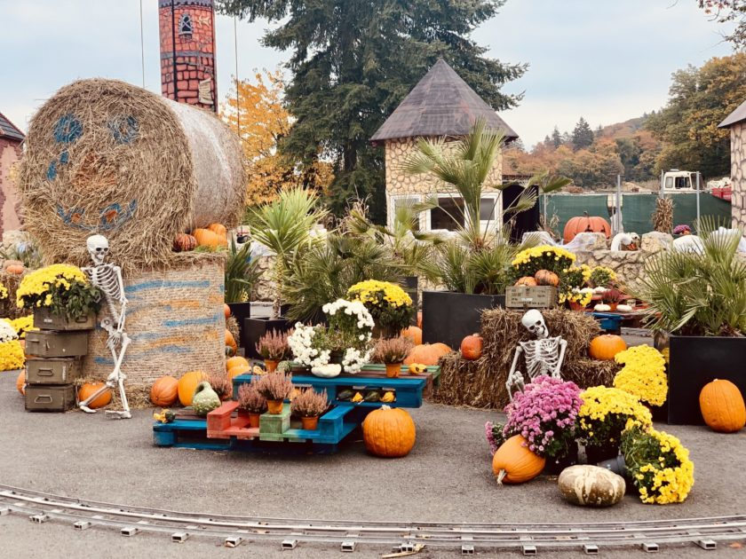 Halloween Dekoration im Taunus Wunderland