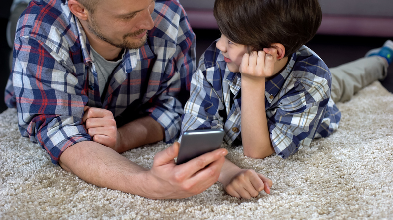 smartphone-fuer-kinder–digitale-erziehung