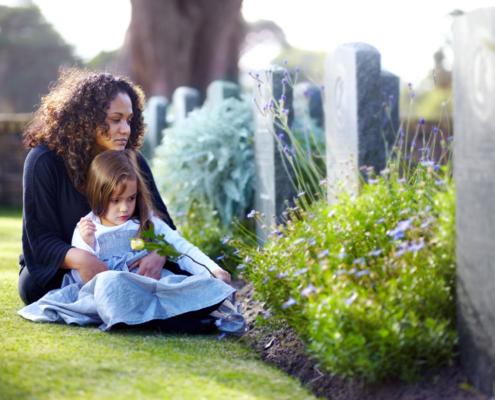 Todesfall in der Familie: Warum auch Kinder trauern müssen